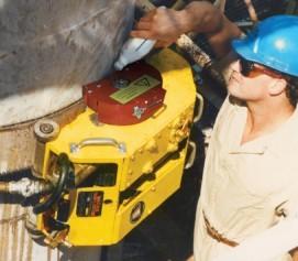 ابزارآلات جانبی و تجهیزات مرتبط با برش ، پخ زنی و تراش کاری زنجیری لوله مدل Trav-L-Cutter Tooling ساخت وش آمریکا